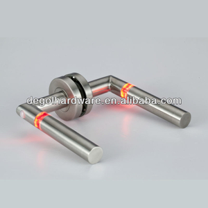 LED door handle, glowing door handle, light handle