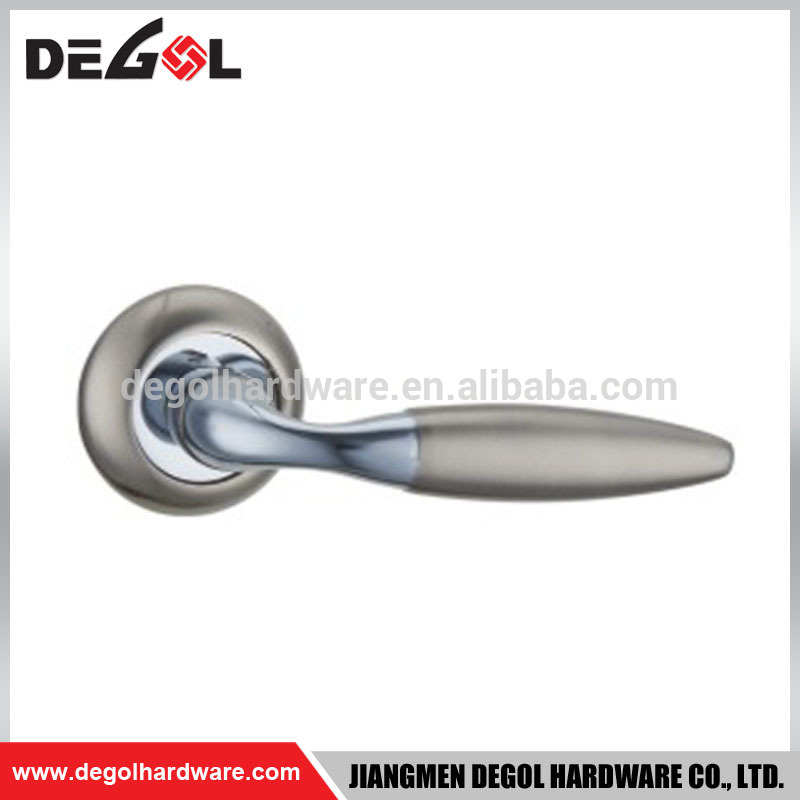 Industrial Two-tone Zinc Alloy Door Handle on Rose for Entrance Door